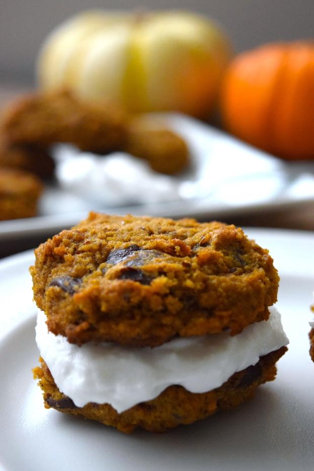 pumpkin-chocolate-chip-whoopie-pies-3